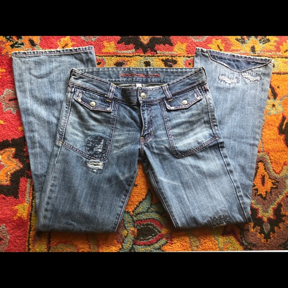 Abercrombie & Fitch Denim - A&F Destroyed Bootleg Jeans, SZ 6
